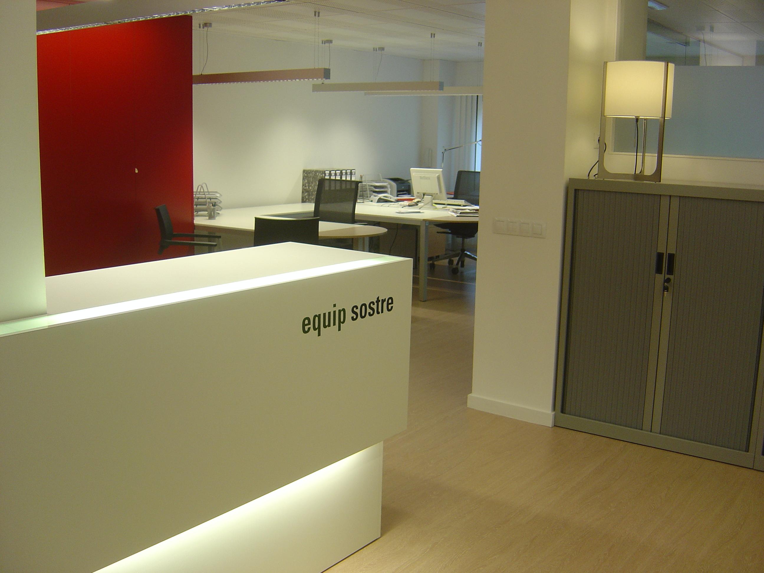 Oficina empresarial lleida d cubic for Oficina de treball lleida